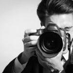 Zatrzymanie wspomnień na zdjęciach towarzyszy nam już od powstania pierwszego aparatu